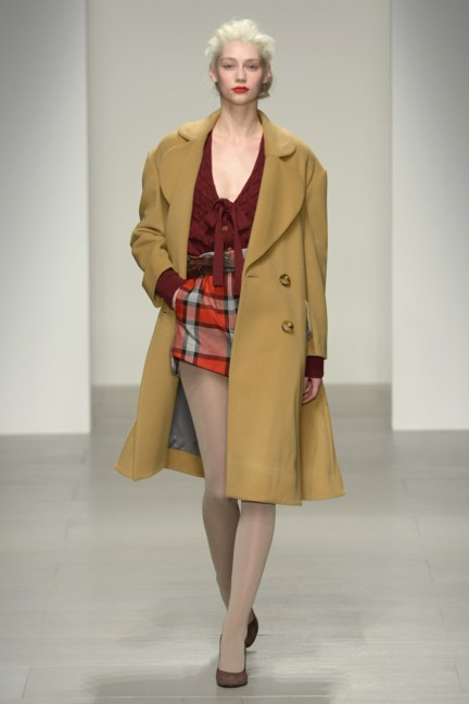 vivienne-westwood-red-label-london-fashion-week-autumn-winter-2014-00003