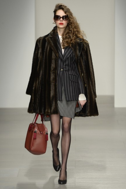 vivienne-westwood-red-label-london-fashion-week-autumn-winter-2014-00009