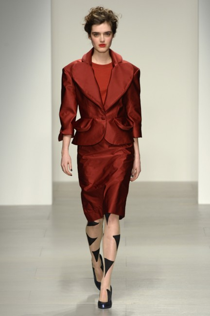 vivienne-westwood-red-label-london-fashion-week-autumn-winter-2014-00010