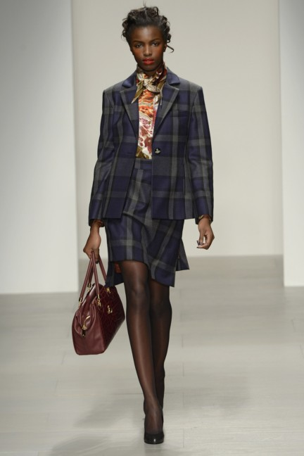 vivienne-westwood-red-label-london-fashion-week-autumn-winter-2014-00032