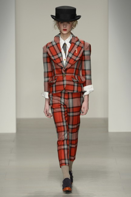 vivienne-westwood-red-label-london-fashion-week-autumn-winter-2014-00034
