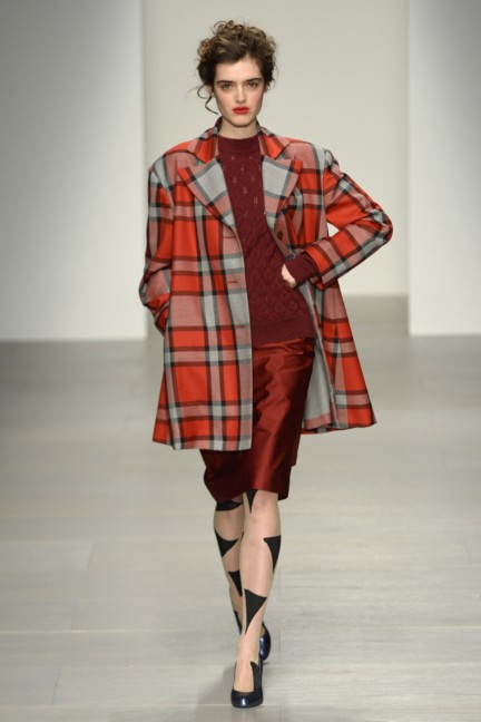 vivienne-westwood-red-label-london-fashion-week-autumn-winter-2014-00035