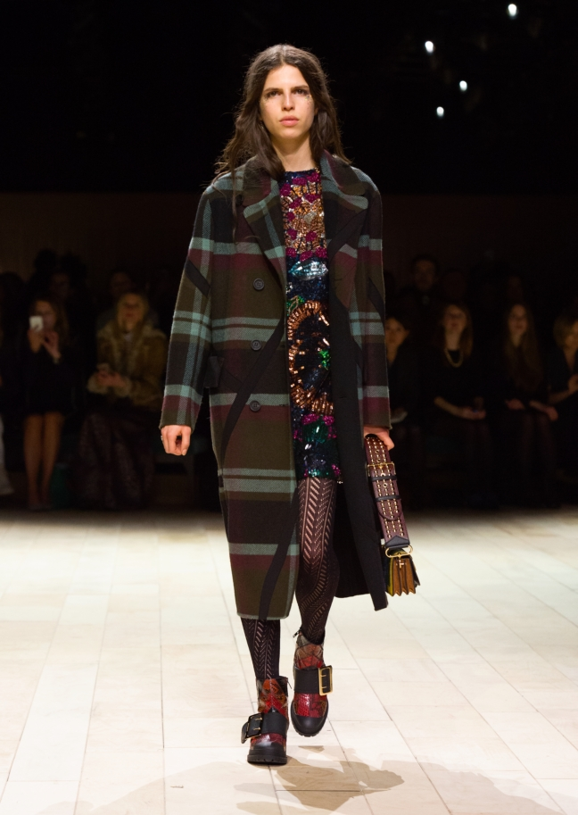 burberry-womenswear-february-2016-collection-look-5