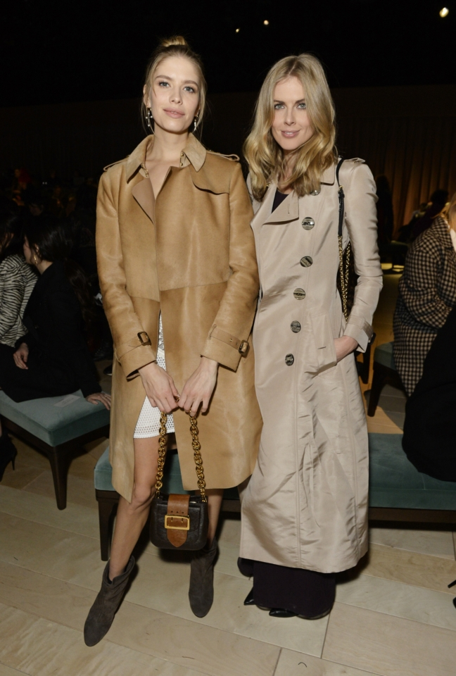 elena-perminova-and-donna-air-at-the-burberry-womenswear-february-2016-show