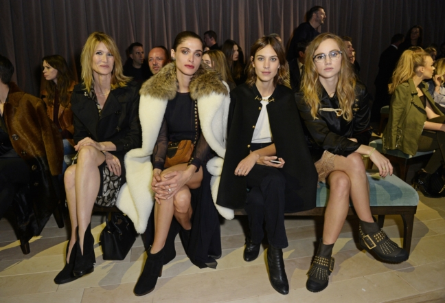 laura-dern-elisa-sednaoui-alexa-chung-and-suki-waterhouse-on-the-front-row-at-the-burberry-womenswear-february-2016-show