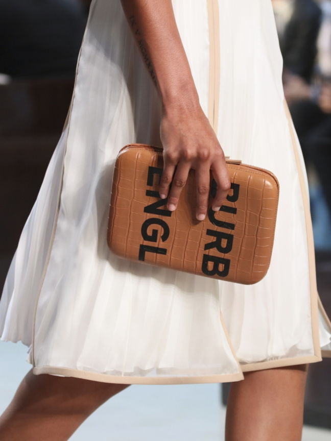 burberry-spring_summer-2019-collection_012