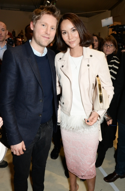 christopher-bailey-and-amanda-strang-backstage-at-the-burberry-womenswear-autumn_winter-2015-show