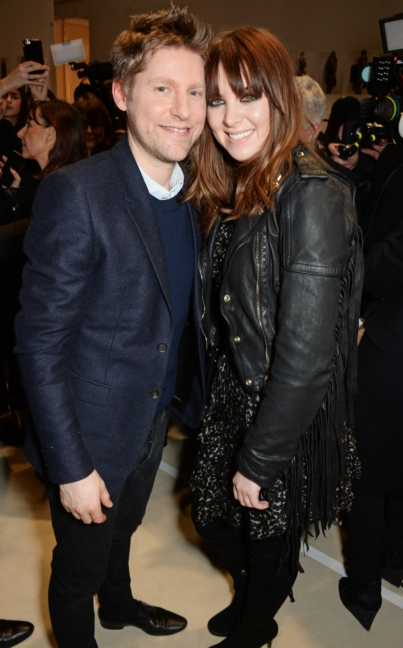 christopher-bailey-and-clare-maguire-backstage-at-the-burberry-womenswear-autumn_winter-2015-show