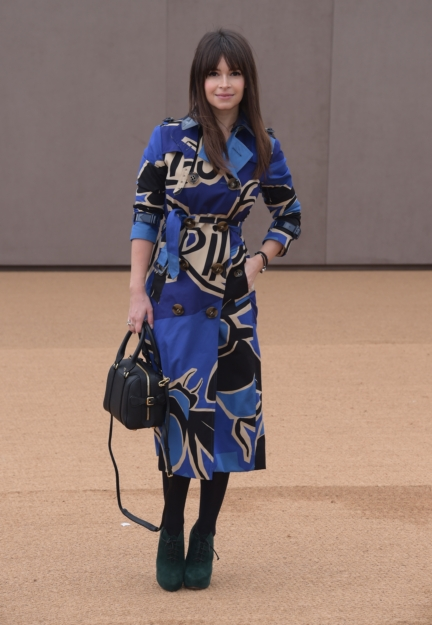 mira-duma-wearing-burberry-at-the-burberry-womenswear-autumn_winter-2015-show