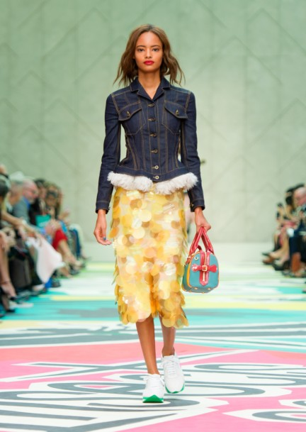 burberry-prorsum-womenswear-spring-summer-2015-collection-look-1