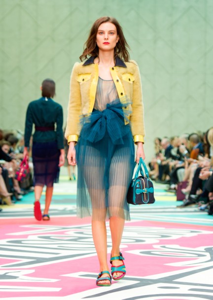 burberry-prorsum-womenswear-spring-summer-2015-collection-look-15