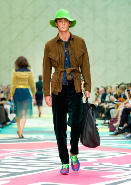 burberry-prorsum-womenswear-spring-summer-2015-collection-look-16