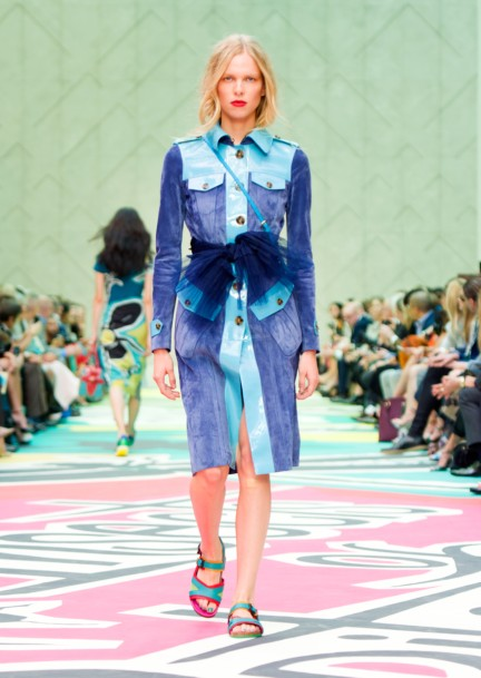 burberry-prorsum-womenswear-spring-summer-2015-collection-look-27