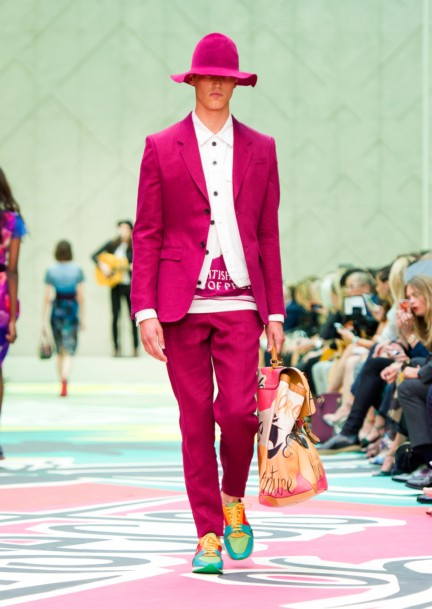 burberry-prorsum-womenswear-spring-summer-2015-collection-look-32