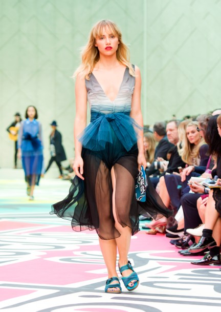 burberry-prorsum-womenswear-spring-summer-2015-collection-look-39