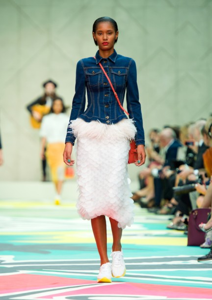 burberry-prorsum-womenswear-spring-summer-2015-collection-look-4