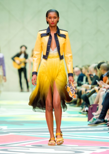 burberry-prorsum-womenswear-spring-summer-2015-collection-look-46