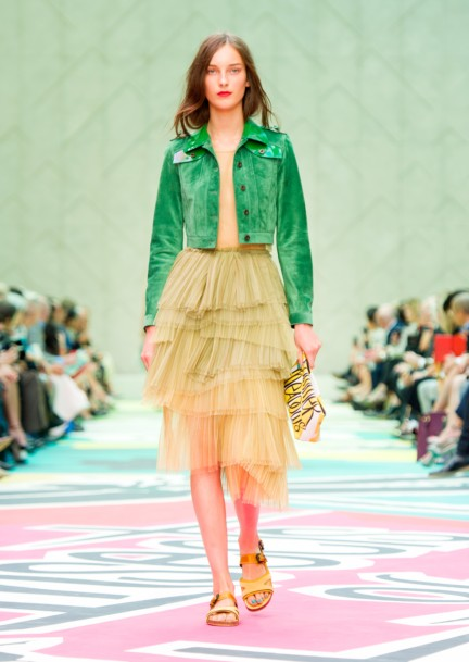 burberry-prorsum-womenswear-spring-summer-2015-collection-look-49