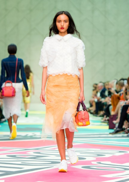 burberry-prorsum-womenswear-spring-summer-2015-collection-look-5