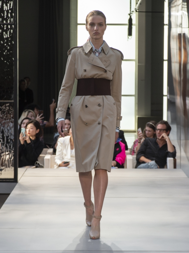 burberry-spring_summer-2019-collection-look-03