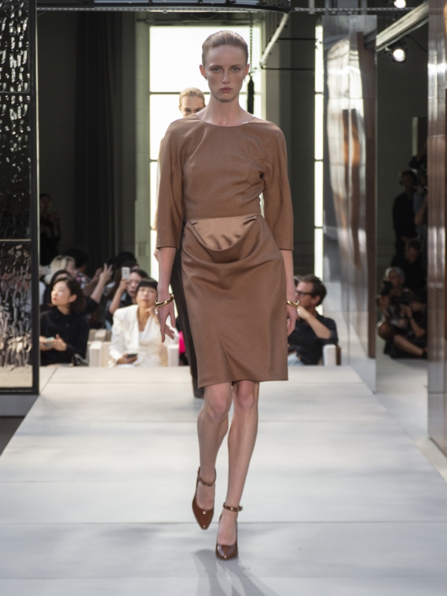 burberry-spring_summer-2019-collection-look-07