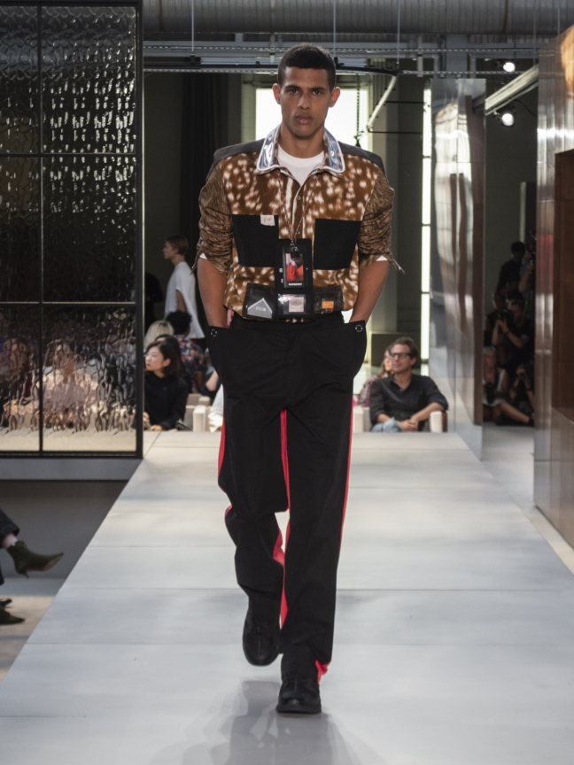 burberry-spring_summer-2019-collection-look-104