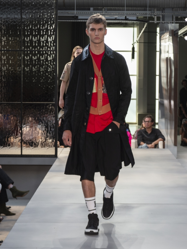 burberry-spring_summer-2019-collection-look-107
