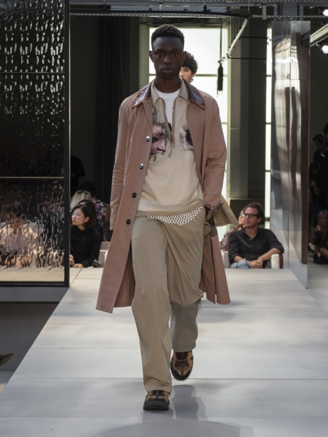 burberry-spring_summer-2019-collection-look-109