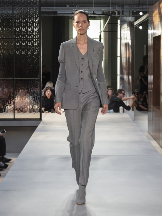 burberry-spring_summer-2019-collection-look-11
