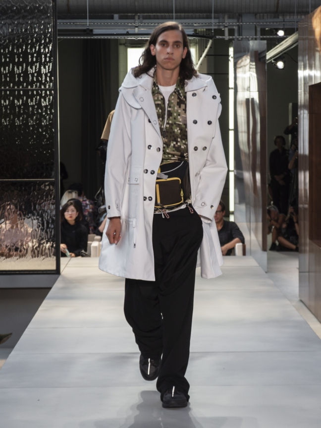 burberry-spring_summer-2019-collection-look-122