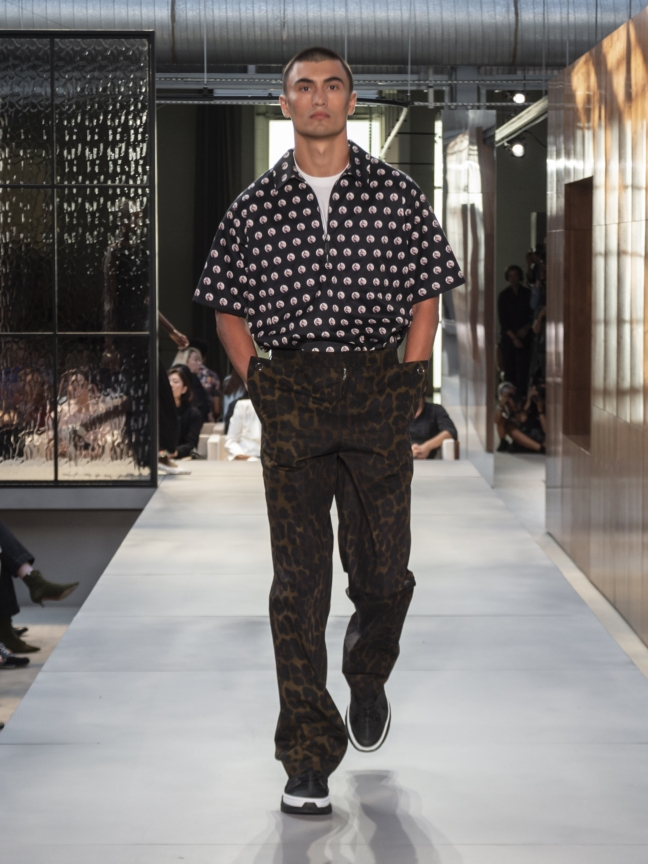 burberry-spring_summer-2019-collection-look-127