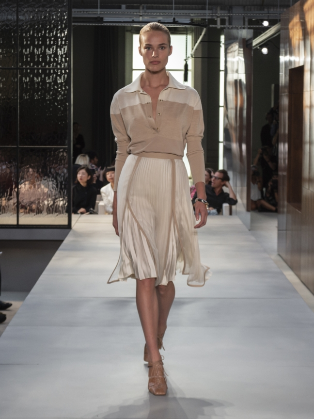 burberry-spring_summer-2019-collection-look-17
