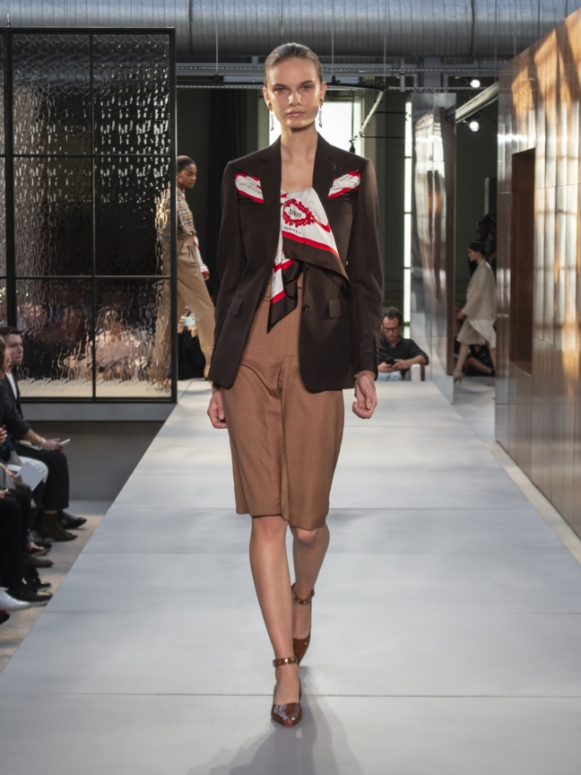 burberry-spring_summer-2019-collection-look-20