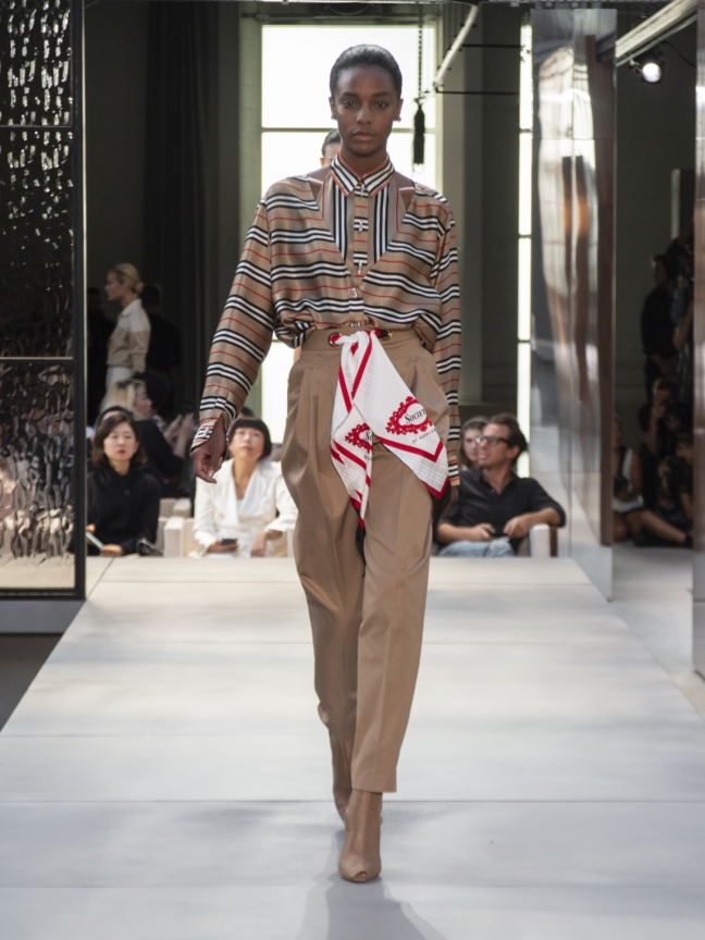 burberry-spring_summer-2019-collection-look-21