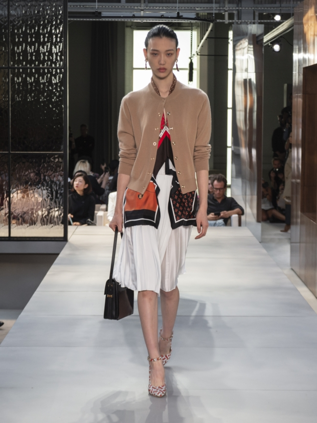 burberry-spring_summer-2019-collection-look-22