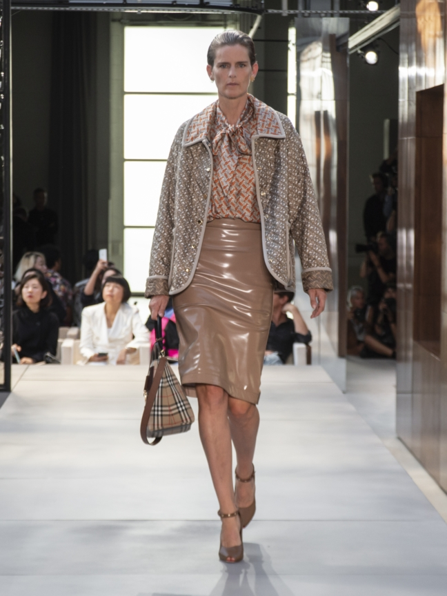 burberry-spring_summer-2019-collection-look-25