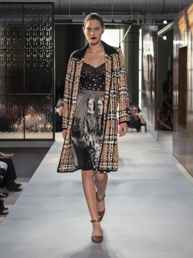 burberry-spring_summer-2019-collection-look-27
