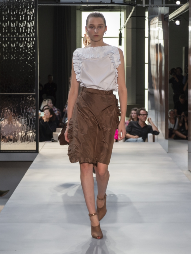 burberry-spring_summer-2019-collection-look-31