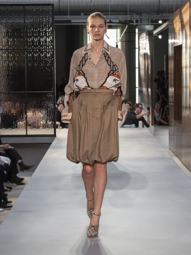 burberry-spring_summer-2019-collection-look-33