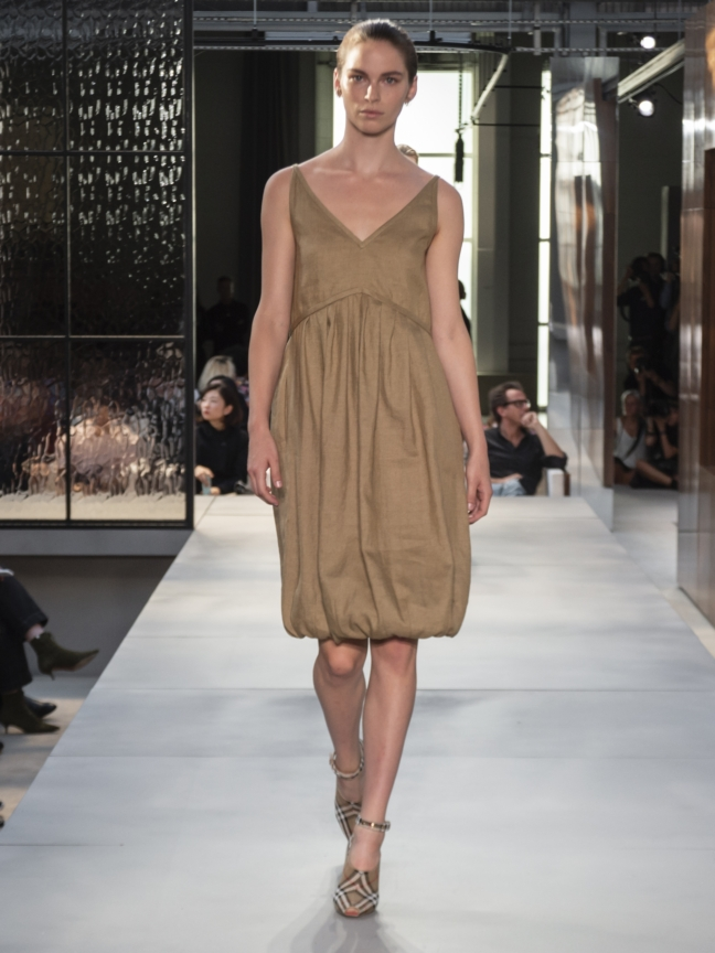 burberry-spring_summer-2019-collection-look-35