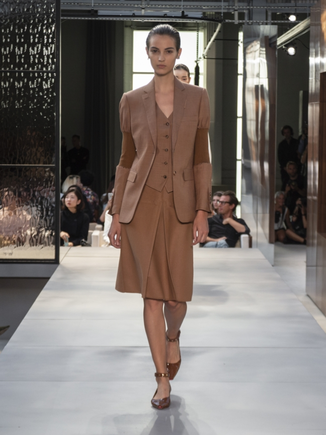 burberry-spring_summer-2019-collection-look-38