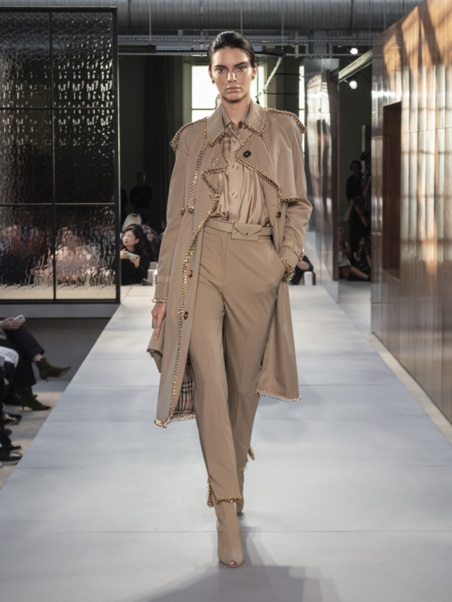 burberry-spring_summer-2019-collection-look-40