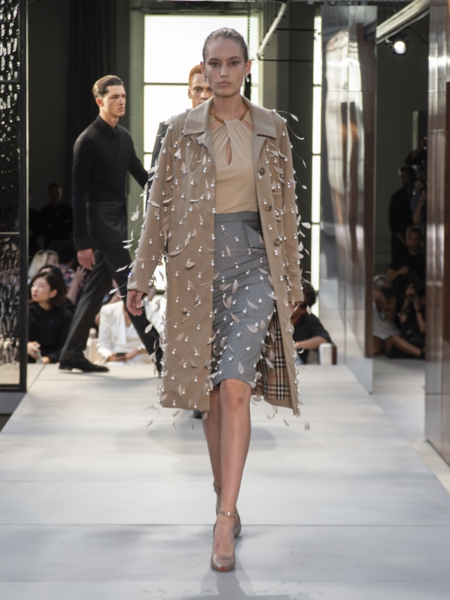 burberry-spring_summer-2019-collection-look-44