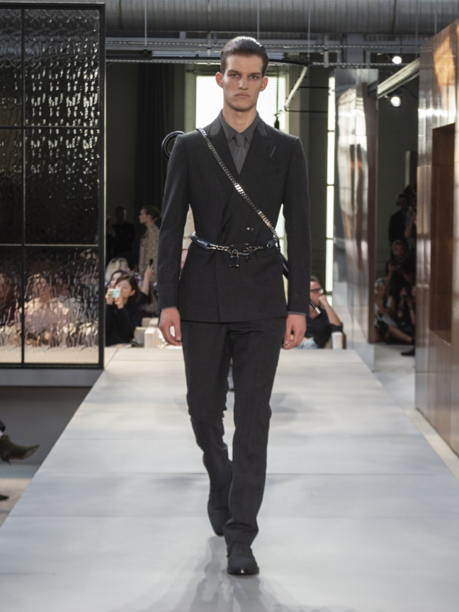 burberry-spring_summer-2019-collection-look-50