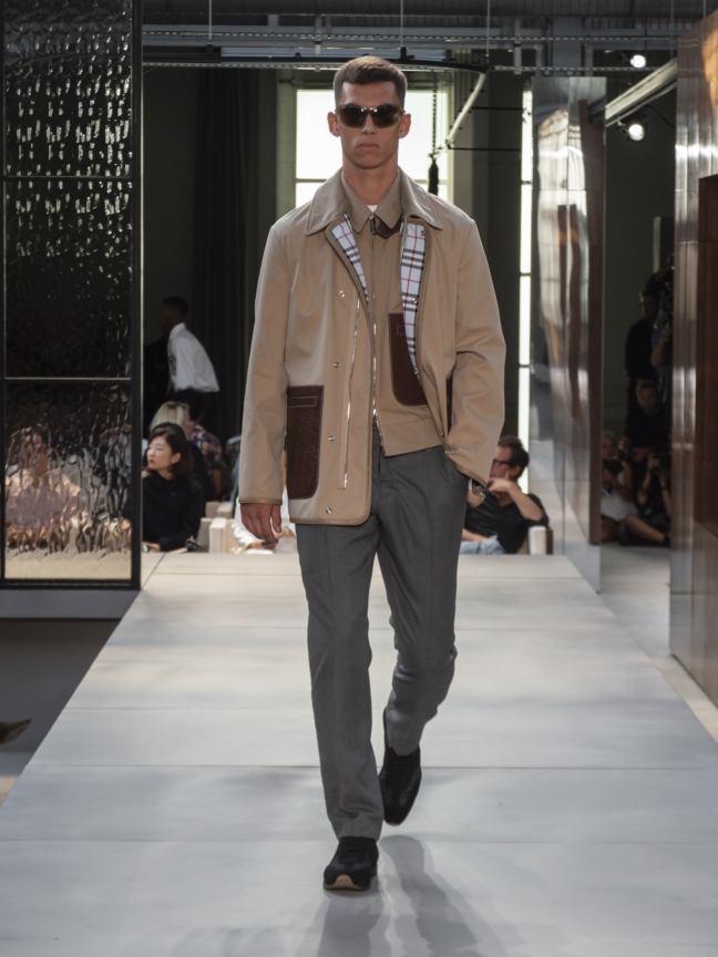burberry-spring_summer-2019-collection-look-64
