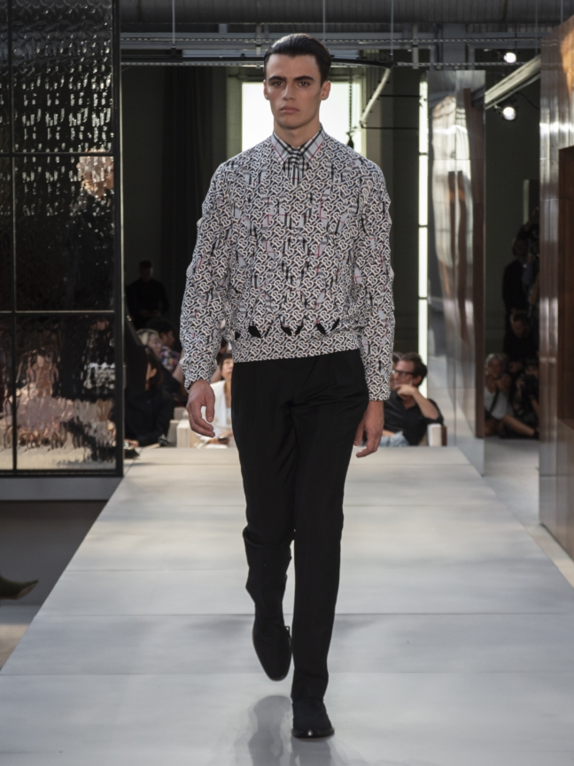 burberry-spring_summer-2019-collection-look-65