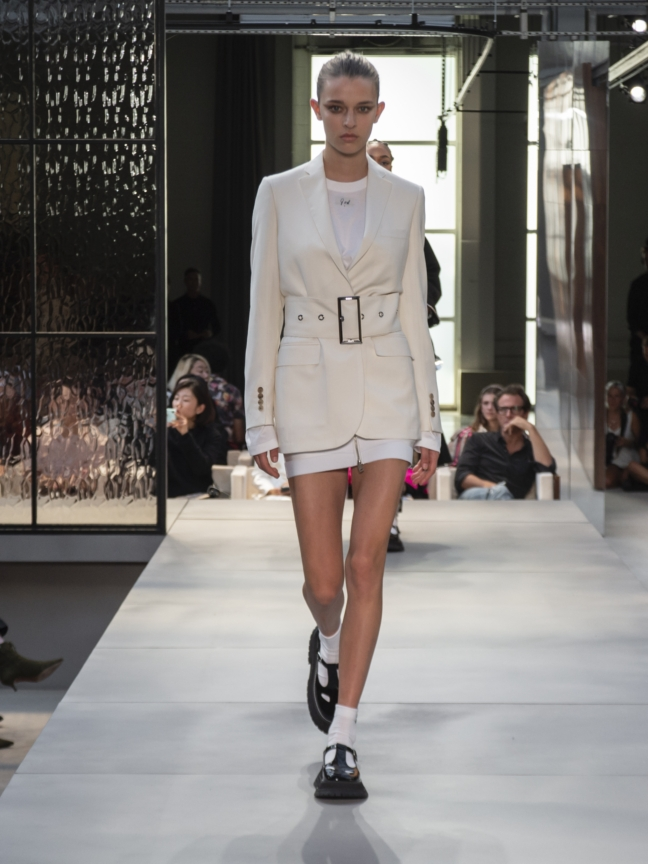 burberry-spring_summer-2019-collection-look-67