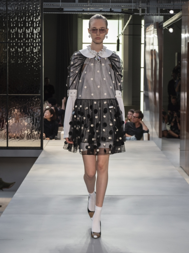 burberry-spring_summer-2019-collection-look-71