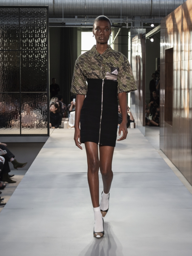 burberry-spring_summer-2019-collection-look-73