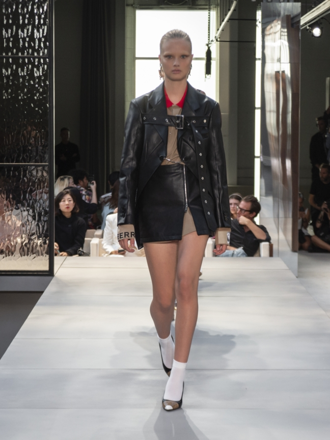 burberry-spring_summer-2019-collection-look-75